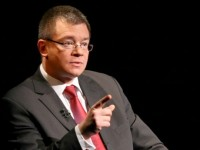 Mihai Razvan Ungureanu, noul sef SIE: Trebuie schimbate legile de functionare ale SIE si SRI
