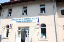 Trei medici au fost arestati preventiv in dosarul operatiilor estetice de la Spitalul de Arsi din Bucuresti