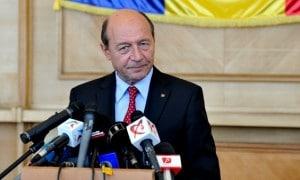 Declaraţia de presă a președintelui Traian Băsescu, inainte de plecarea la Consiliul European