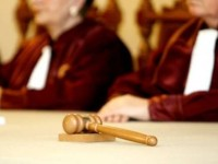 Curtea Constitutionala a admis sesizarea PNL si PMP la legea care modifica Statutul alesilor locali