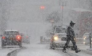 INFOTRAFIC 9 decembrie: Probleme pe drumurile din tara din cauza ploilor si ninsorilor