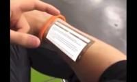 Primul smartphone implantat in piele. Future skin smartphone. VIDEO