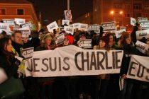 Mars la Cluj cu mesajul JE SUIS CHARLIE in memoria ziaristilor morti la Charlie Hebdo