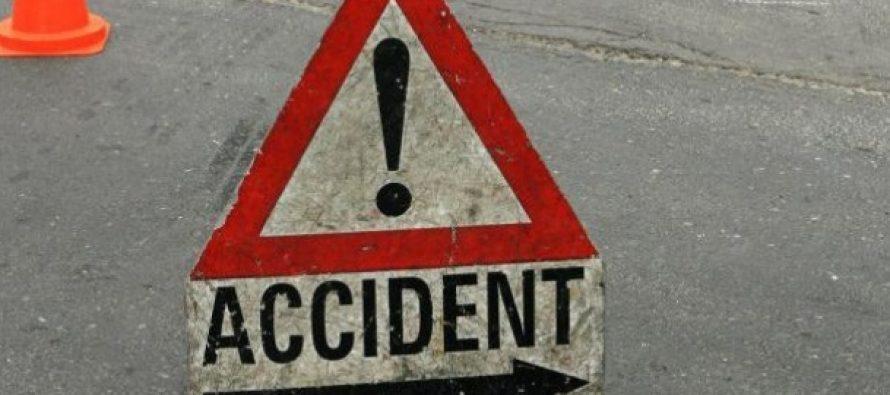 Accident Apoldu de Sus, Drumul National 1. Sase raniti in urma une coliziuni intre un microbuz si o autocisterna