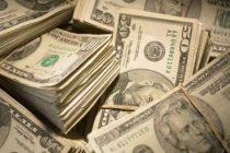 Suprematia dolarului, contestata de UE. Intre timp, SUA face presiuni pentru eliminarea Iranului din reteaua globala de plata SWIFT