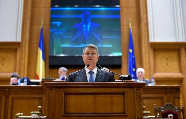 Presedintele Iohannis vrea sa se adreseze Parlamentului pe tema modificarilor la Codul penal, intr-un context social tensionat