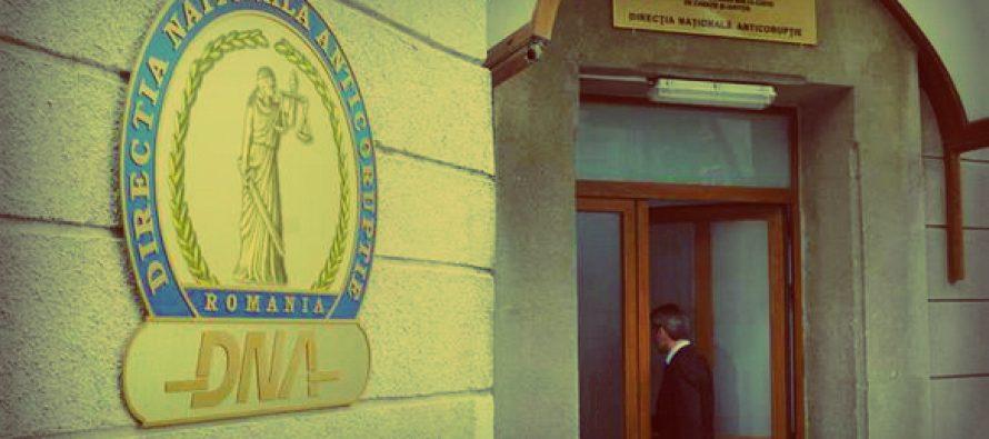 Suspiciuni de frauda cu fonduri europene. Sunt vizati presedintele CJ Vaslui si primarii din Husi si Barlad, DNA face perchezitii