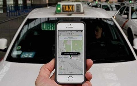 UBER dauneaza soferilor! 50.000 de numere de inmatriculare de la Uber, sustrase intr-un atac cibernetic