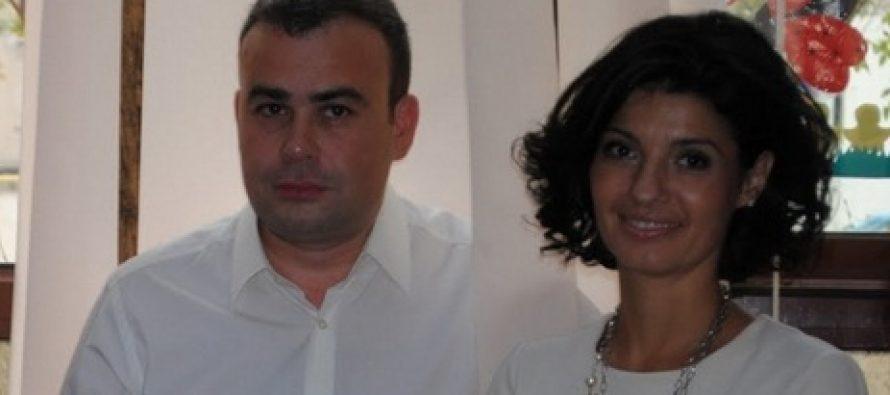 Lavinia Sandru baga divort de Darius Valcov