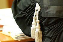 Cat a platit Romania pentru onorariile avocatilor din oficiu. Intre timp, avocatii protesteaza fata de modul de stabilire a onorariilor din oficiu