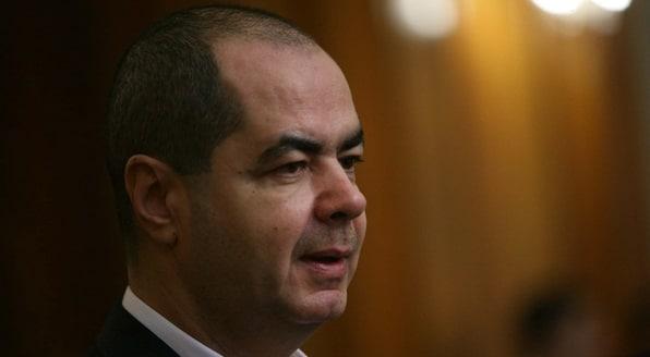 Mihai Stanisoara si-a dat demisia din PLR si din Parlament