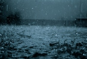 ANM a emis o avertizare Cod Portocaliu de ploi torentiale valabila pentru judetele Iasi, Neamt, Suceava si Botosani