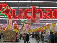 Cine a cumparat Auchan Titan din Bucuresti