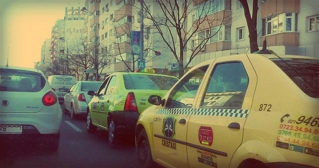 Taxi-urile vor elibera bon fiscal pentru bacsis, aparatul de marcat va trebui modificat