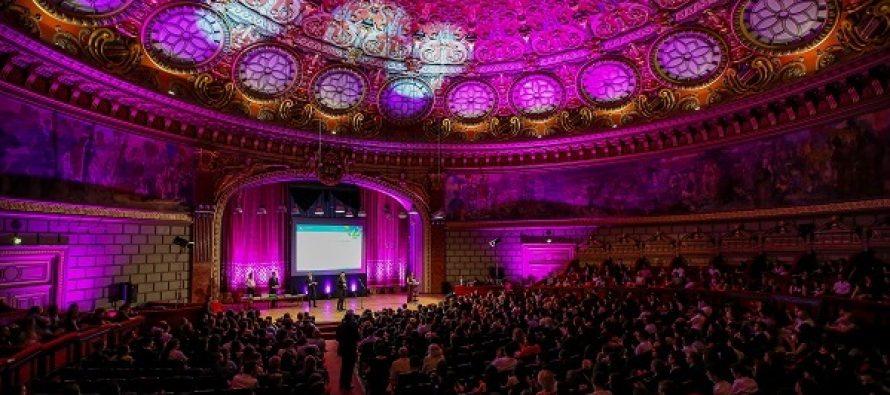 Cele mai bune afaceri ale tinerilor din Romania, premiate la Gala Investeste in Educatie – Business Hall of Fame