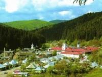 Manastirea Agapia din judetul Neamt si satucul de maici care te poarta spre vesnicie