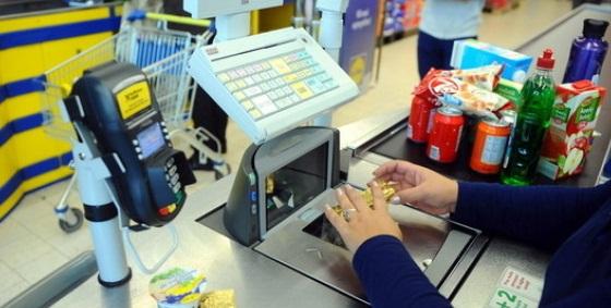 Program magazine si supermarketuri de Rusalii. Program 31 mai - 1 iunie 2015 Carrefour, Auchan, Kaufland, Lidl, Mega Image