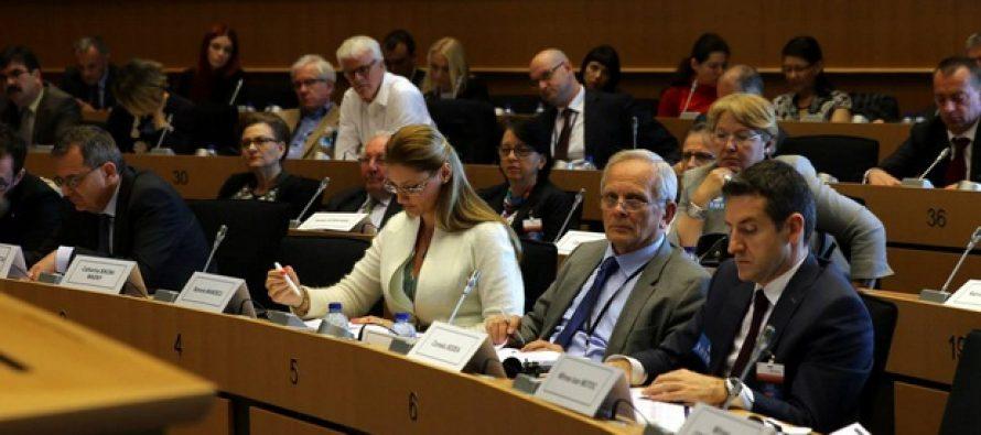 Ramona Manescu (PPE) atrage atentia asupra coalizarii euroscepticilor in Parlamentul European