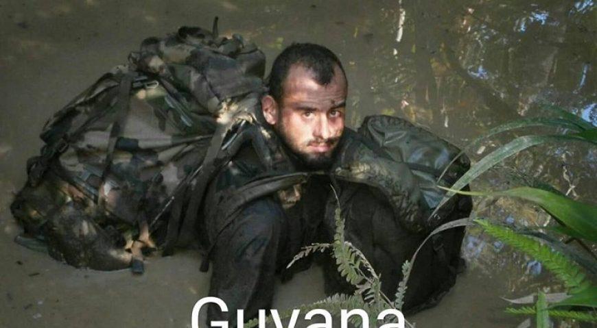 Alex in Guyana Franceza