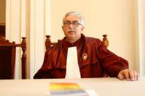 Augustin Zegrean, fost presedinte al CCR: Nu se poate sa nu fi vazut nimeni confuzia cu numele lui Augustin Lazar. Acesta ar face bine daca s-ar adresa justitiei