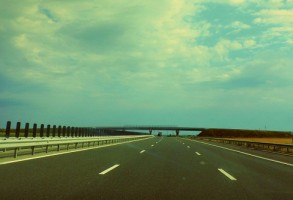 Doi soferi, prinsi cu peste 200 km/h pe autostrada A3 Bucuresti – Ploiesti