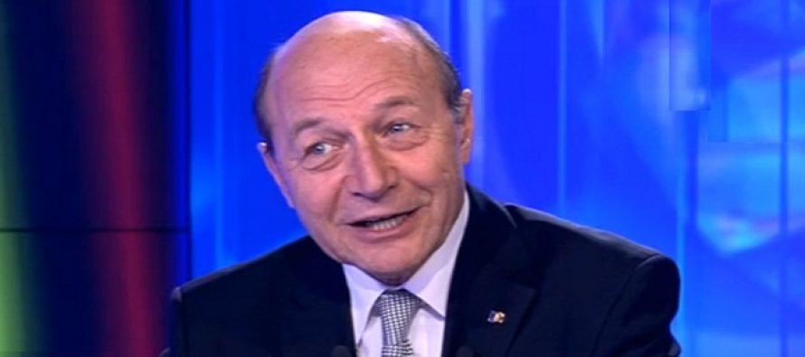 Mesaj de 1 Martie de la Traian Basescu: Sa aveti o primavara cu soare