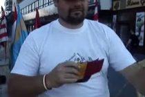 Csibi Barna si-a batut joc de tricolorul Romaniei in cadrul unei actiuni antiromanesti. VIDEO