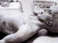 Adevarul despre celebra fotografie cu extraterestrul capturat in incidentul Roswell