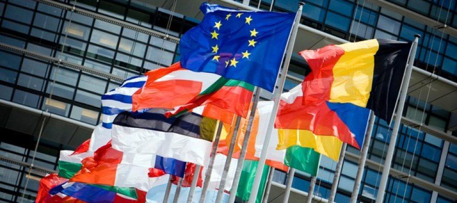 Mogherini a cerut la Luxemburg ca statele UE sa se uneasca in fata crizei refugiatilor