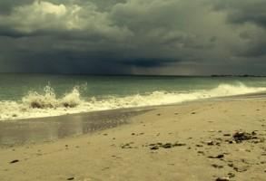 ANM a emis Cod Galben de ploi torentiale pe litoral. Sunt vizate Constanta si Tulcea