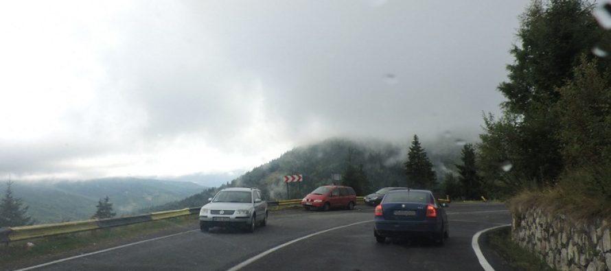 Accident grav pe DN1 intre Ploiesti si Brasov, la Paulesti. O persoana a murit, alte 5 sunt ranite