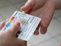CARTILE DE IDENTITATE VOR FI SCOASE! Romanii vor avea carduri electronice, care vor putea fi eliberate la nastere. Dispar cardurile de sanatate