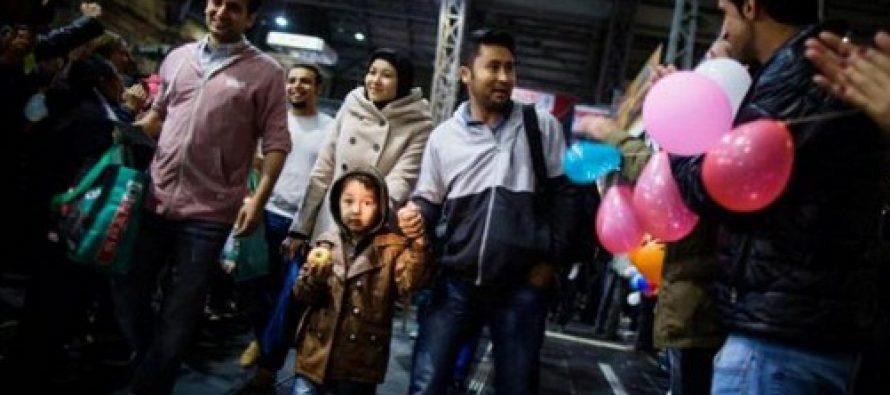 Zeci de refugiati au plecat din Germania cu destinatia Franta