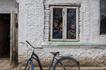 Romania, inca departe de civilizatie. Drama unor copii din Bucsani