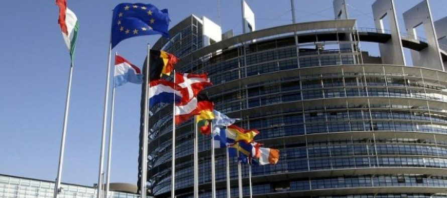 Comisia Europeana va lega fondurile europene de situatia statului de drept