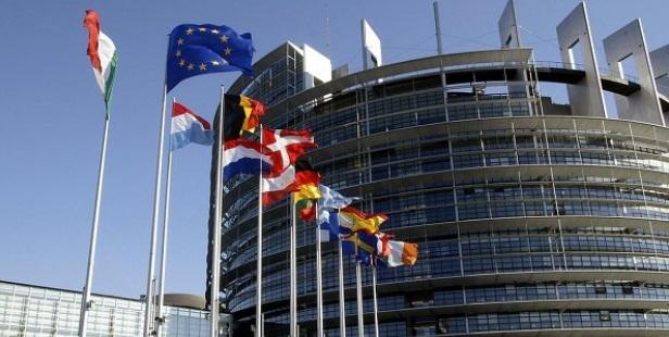 Comisia Europeana propune mecanismul de taiere a fondurilor europene pentru tarile membre UE care incalca statul de drept