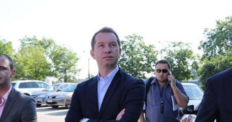 Mihai Sturzu, tinut la usa de noua conducere a PSD. Sturzu a fost singurul care a criticat candidatura unica a lui Dragnea