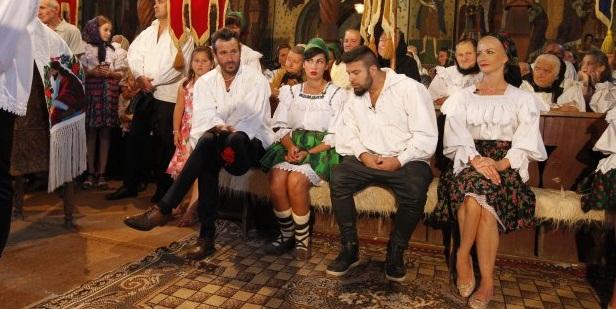 POFTITI DE VA IUBITI, 12 si 13 OCTOMBRIE 2015: Nea Marin face nunta mare in Maramures