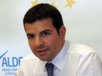 Daniel Constantin si-ar putea pierde sprijinul politic si functiile de vicepremier si ministru al Mediului. Decizia va fi luata de conducerea ALDE