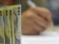 Calculator salariu minim 2020. Avantajati sunt romanii cu studii superioare si cu o vechime in munca de cel putin un an