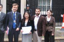 Comunitatea romaneasca din Marea Britanie, a cincea dupa polonezi, indieni, irlandezi si pakistanezi. Si totusi nu are un lider