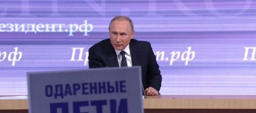 """Vladimir Putin: Influenta statului asupra internetului si mass-media ar trebui """"redusa, daca nu chiar exclusa"""""""