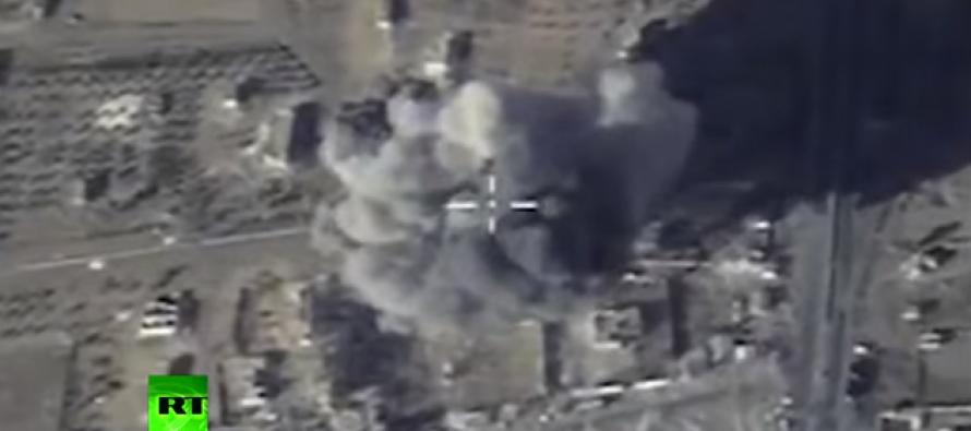 Rusia a atacat pentru prima data Stat Islamic de pe un submarin din Marea Mediterana. VIDEO