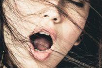 EJACULARE FEMEI. Lucruri pe care nu le stii despre ejacularea feminina, conditii in care aceasta se produce dar si compusii din lichidul eliminat