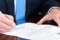 Iohannis a avizat urmarirea penala a patru fosti ministri, cercetati in dosarul Rompetrol II