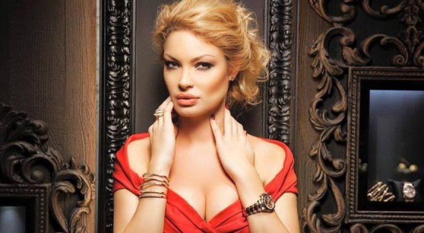 Valentina Pelinel, insarcinata cu Cristi Borcea