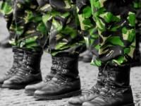Am desfiintat serviciul militar obligatoriu, dar avem cele mai numeroase servicii secrete din Europa pe cap de locuitor