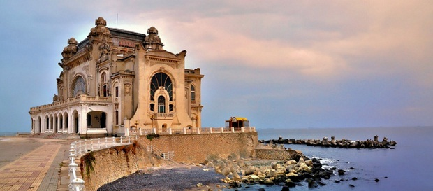 Cazinoul din Constanta va fi in sfarsit reabilitat. Lucrarile sunt programate sa inceapa in septembrie