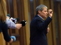 PNL - USR s-au cocotat in carca lui Ciolos, in lipsa unei solutii concrete de convingere a electoratului