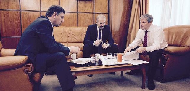 Legea salarizarii, discutata de premierul Ciolos cu vicepremierii Dancu si Borc